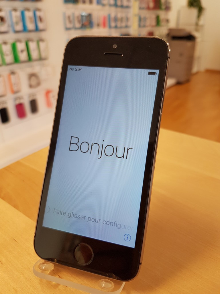 iPhone 5s 64GB spacegrey